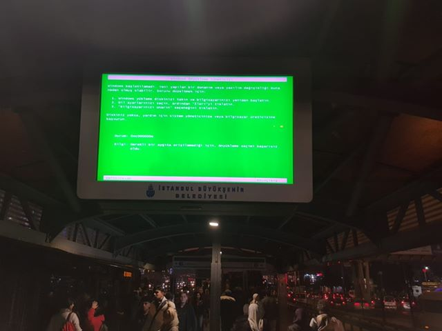when we use windows in metro station